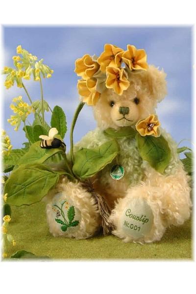 FLOWER SERIES No 11 - COWSLIP