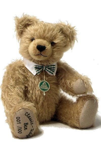 BEN <br> CLASSIC GROWLER <br> TEDDY BEAR