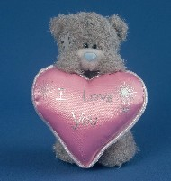 LOVE - TATTY TEDDY - HOLDING HEART