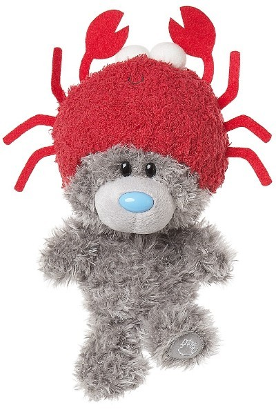 DINKY BEAR IN CRAB HAT