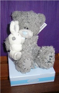 TATTY TEDDY - HOLDING BLOSSOM